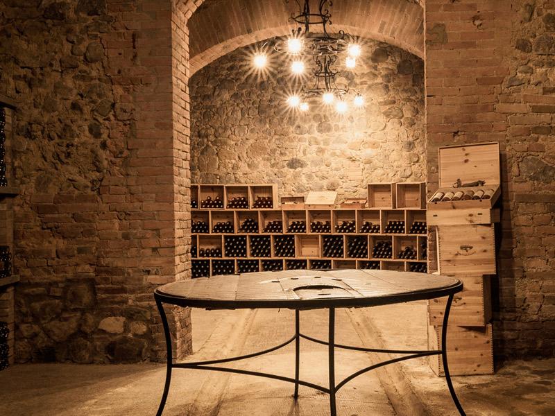 https://www.winelist.nl/media/cache/16x9_thumb/media/image/brand-banner/CastellodellaSala_wijnkelder.jpg
