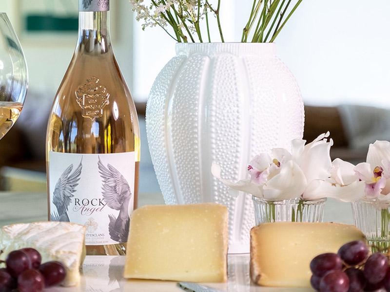 https://www.winelist.nl/media/cache/16x9_thumb/media/image/brand-banner/Chateaudesclansgerecht.jpg
