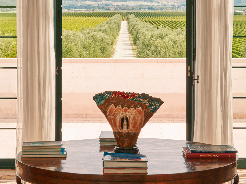 https://www.winelist.nl/media/cache/16x9_thumb/media/image/brand-banner/Tormaresca_estate.jpg